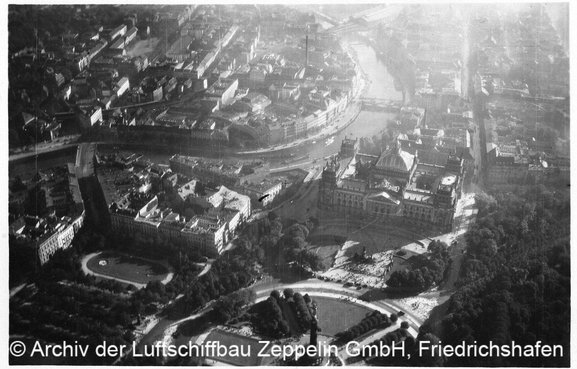 Luftbild von Berlin © Archiv der Luftschiffbau Zeppelin GmbH